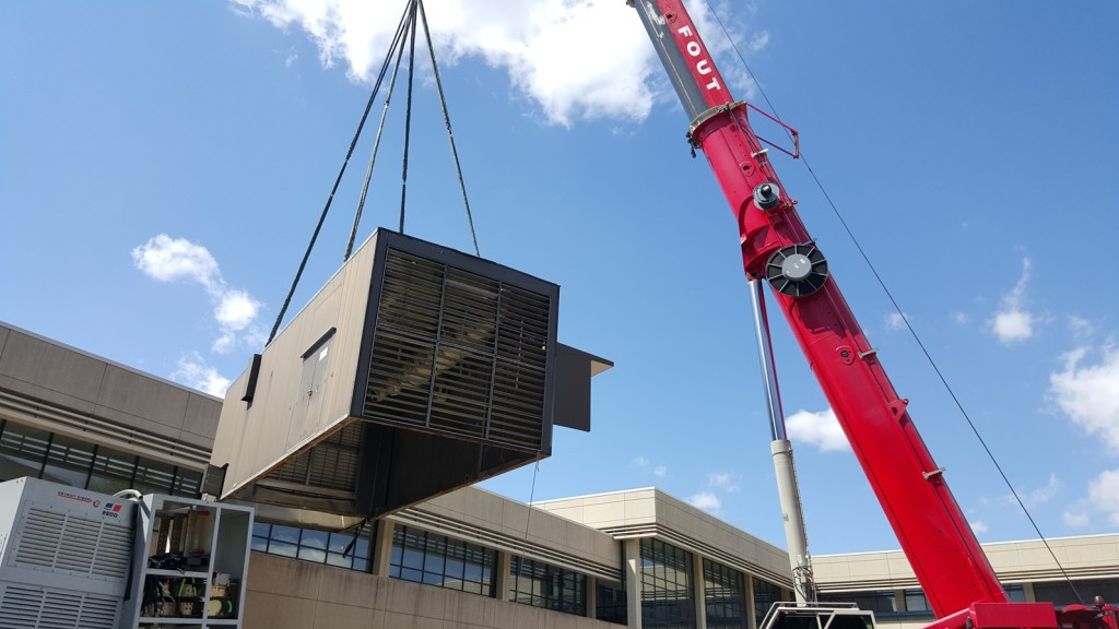 rooftop unit Critical Power installed at IBM
